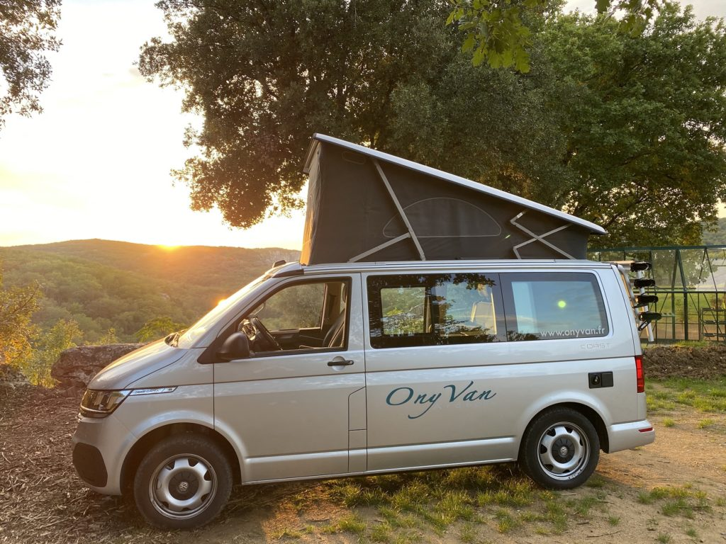 location-van-amenage-campervan-ardeche-volkswagen-california