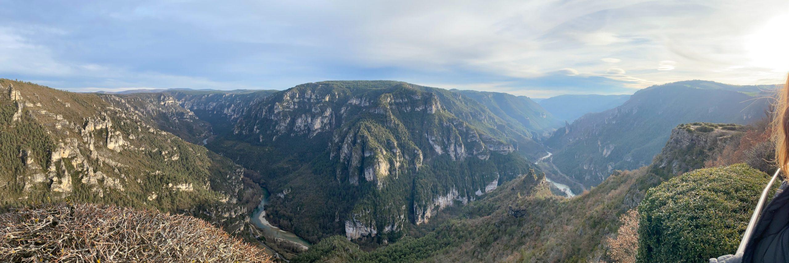 gorges-du-tarn-point-sublime-scaled-aspect-ratio-1800-600